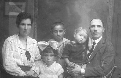 The Weisblat Family a few months before coming from Poland to the United States. From left to right: Sarah, Selma, Benny, Baby Abe (my dad!), and William (then known as Wolf)